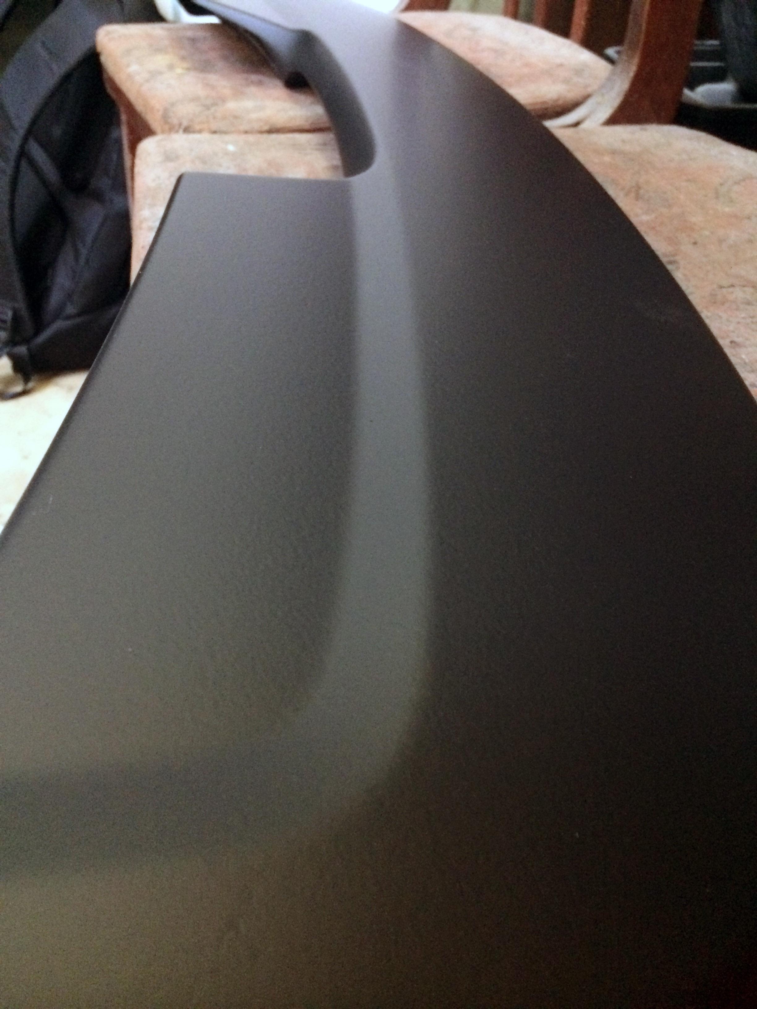 Черный матовый plasti dip на автомобиле