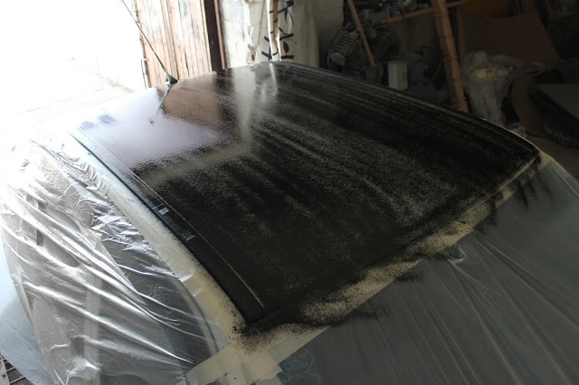 Первый слой PLASTI DIP на крыше