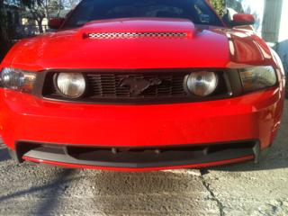Знак Ford Mustang под PLASTI DIP