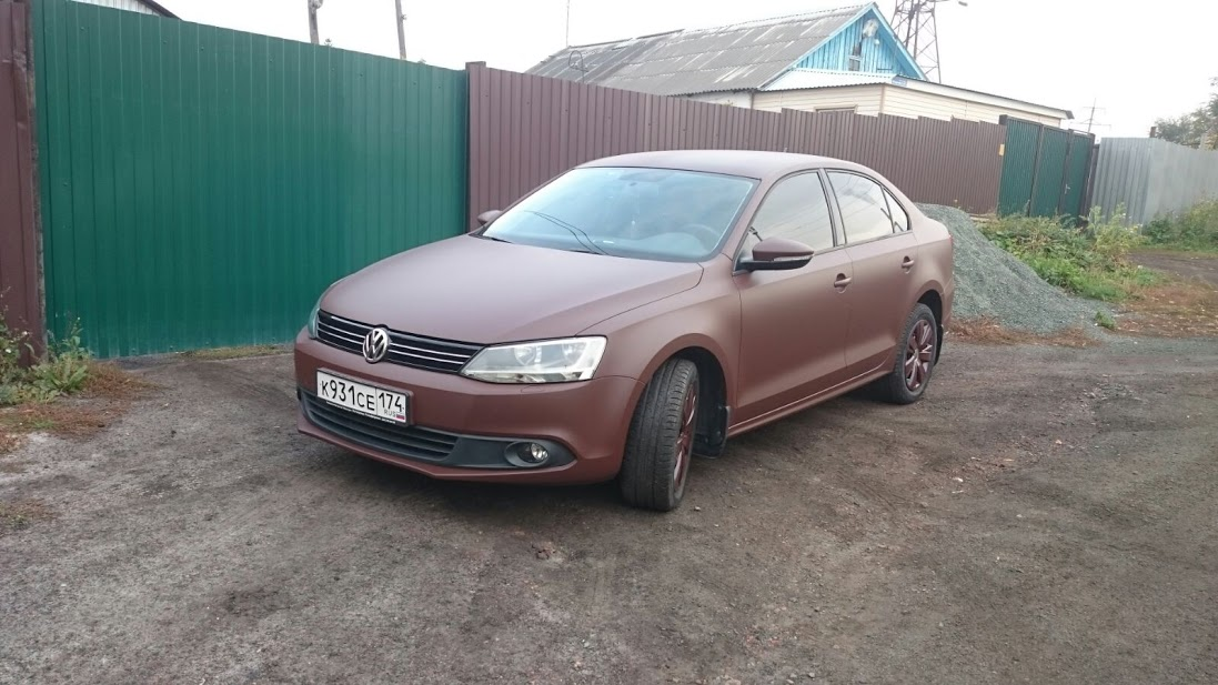 plastidip-brown-vw-02