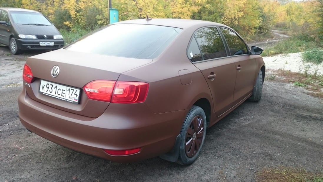 plastidip-brown-vw-05