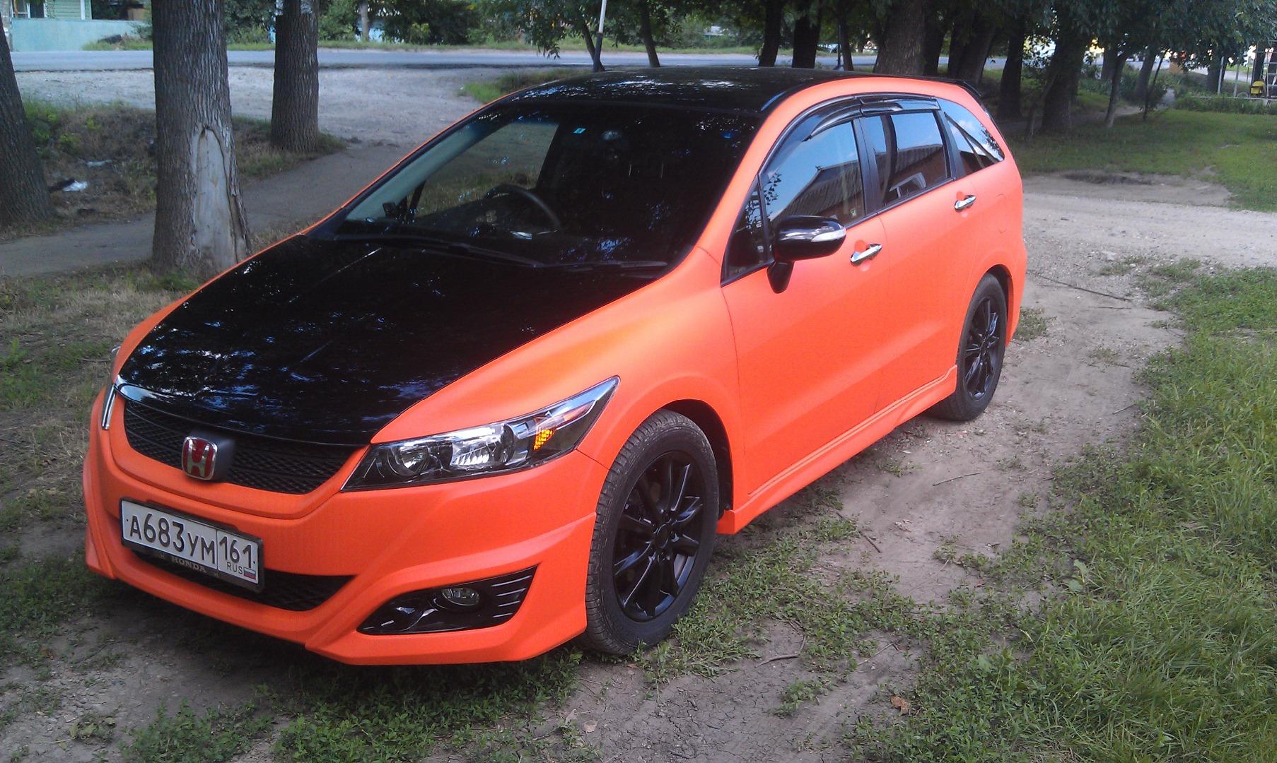 Фото машины в жидкой резине PLASTI DIP Orange